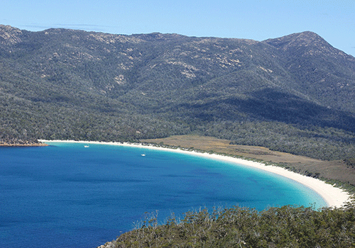 Wineglass-Bay-Tasmania