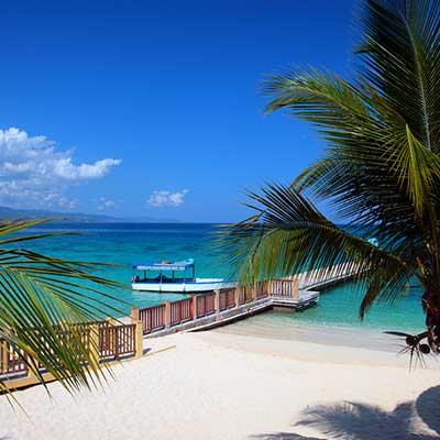 Mexico,-Jamaica-&-Grand-Caymans-cruise Doctors-Cave-Beach